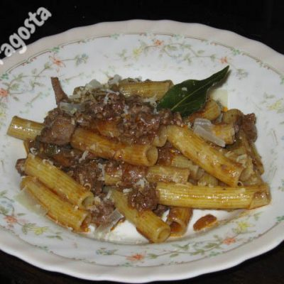 pasta-al-ragu-di-fegatini-di-pollo