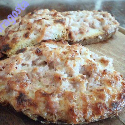crostini-salsiccia-e-stracchino