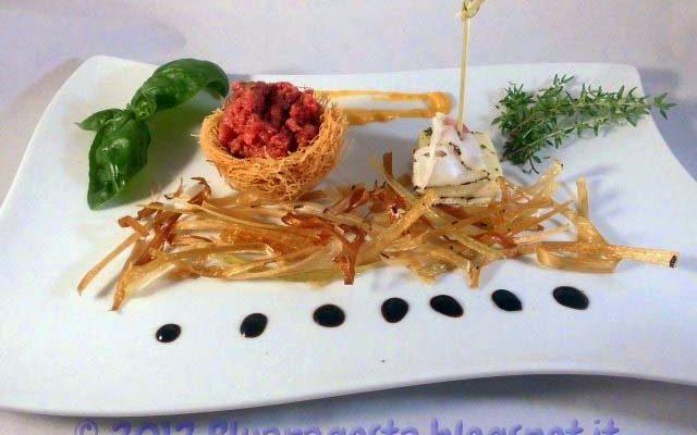 Tartare di cavallo al tartufo in nidi di pasta kataifi con sandwich di taleggio marinato