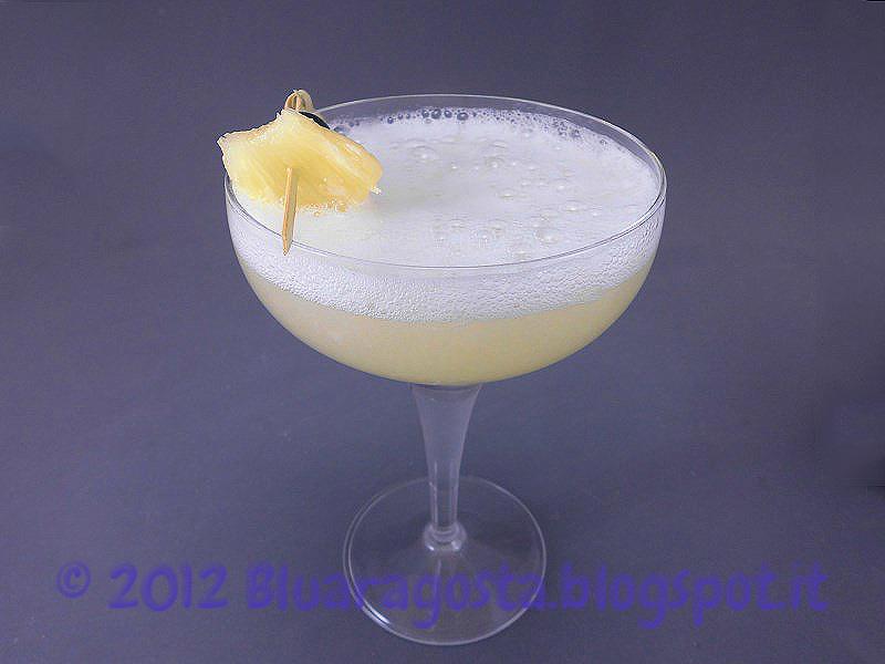 cocktail prosecco e succo d'ananas