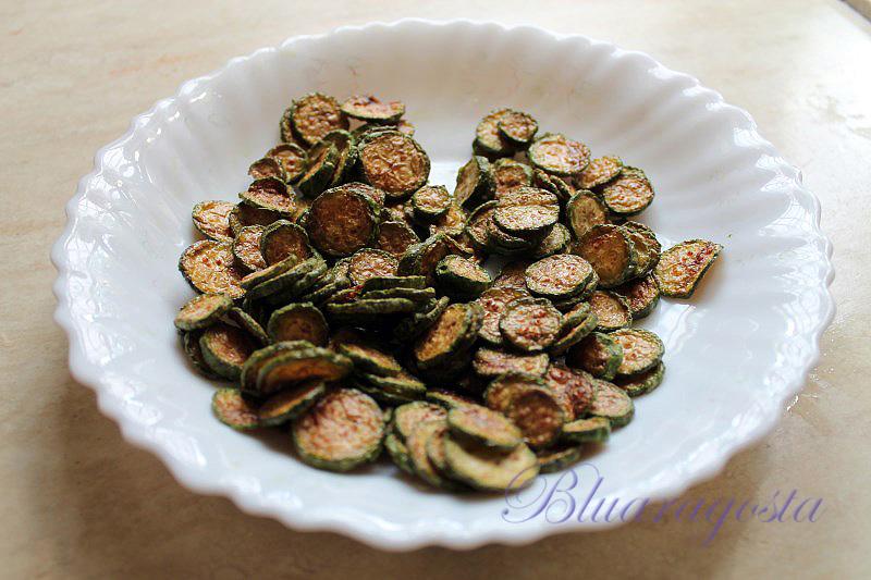 Sformatino alla Nerano con chips di fiori di zucca