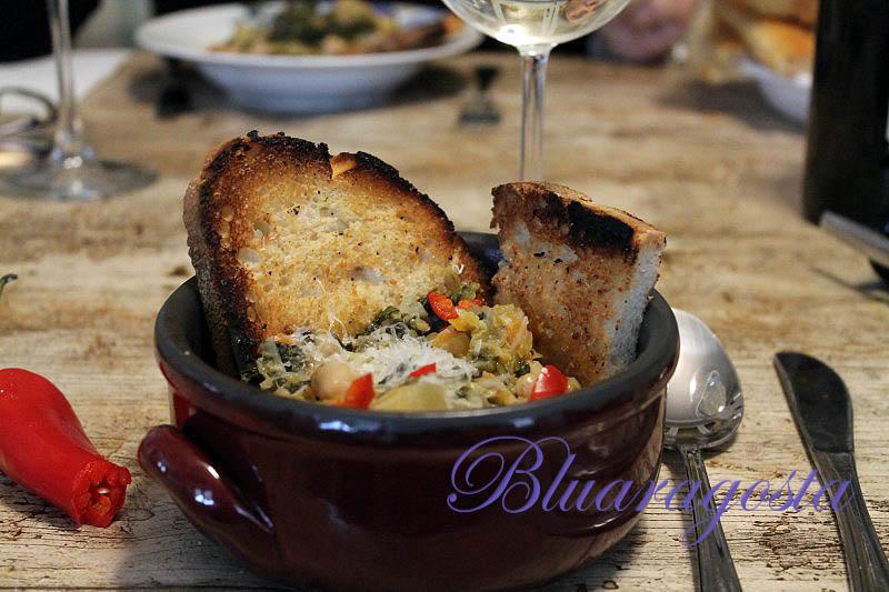 Ribollita, ovvero zuppa toscana di magro alla contadina