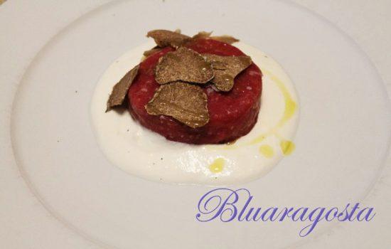 Tartare di carne piemontese con tartufo e crema di burrata