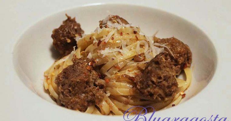 Spaghetti con polpette di ossobuco