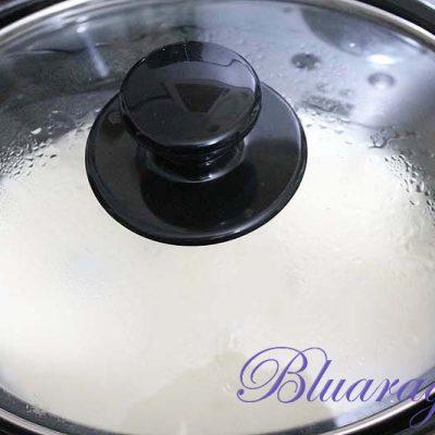 La mini slow cooker mentre fonde i formaggi